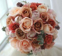 ブーケ ラウンド アンブリッジローズとジュリア 冬 : 一会 ウエディングの花