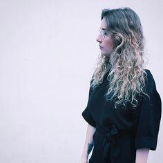 #profile #profilepic #portrait #face #selfie #summerfeeling #summer #pink #wall #girl #girlwear #girlstyle #girlfashion #hair #hairstyle #wavyhair #supreme #wavyhairstyle #blonde #blondehair #blondegirl #blondecurls #wavyhairdontcare #street #paris #parisian #ink #inkedgirl #instadaily