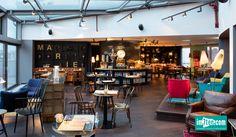 Urlaub in der Hood Vienna, Hostel, Restaurant, Table, Furniture, Austria, Design, Commercial, Home Decor