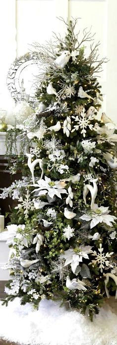 #Christmas tree #decoration ideas ToniKami Ðℯck Ʈհe HÅĿĿs White birds silver mercury glass pinecones #ornaments
