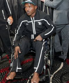 Boxer Timothy Bradley Suffers Foot and Ankle Injuries in Win Over Manny Pacquiao footanklealliance.com/blog/foot-doctors-in-los-angeles/