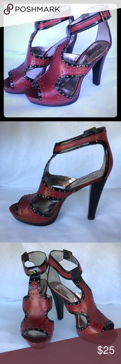 """Carlos Santana """"Attention red"""" size 7 Cute Carlos Santana platform Heels in red/black with studs. Gently preowned in great condition.  4"""" heel. Carlos Santana Shoes Heels"""