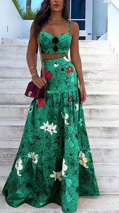 Womens Swing Dress, Maxi Robes, Maxi Dresses, Formal Dresses, Floral Print Skirt, Floral Prints, Loungewear Set, Looks Chic, Dress Suits