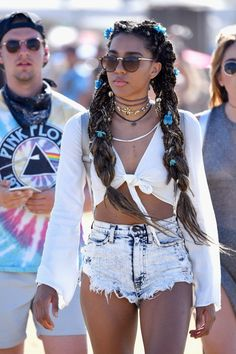Best Coachella 2017 Street Style Moments | Teen Vogue