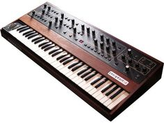 """SYNTHESIZERS USED ON MICHAEL JACKSON'S """"THRILLER"""" Prophet-5"""