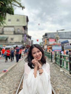 Dream come true Picture Poses, Photo Poses, Taipei Travel, Travel Pose, Taipei Taiwan, I Want To Travel, Spring Outfits, Spring Fashion, Cool Photos