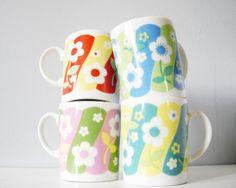 Vintage mug set flower cup retro floral mod - kitchen coffee teacup collection. $44,00, via Etsy.