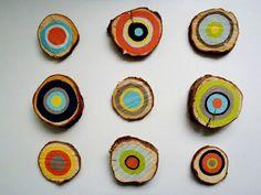 Dekoideen mit Holzquerschnitt bunt wanddekoration