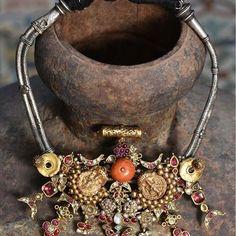 Bridal Jewellery, Silver Jewellery, Indian Jewelry, Antique Jewelry, Designer Jewelry, Jewelry Design, Ganesh Pendant, Rajputi Jewellery, Neck Piece