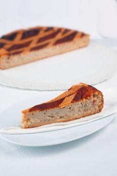 Italian Ricotta Easter Pie #recipe #egglandsbest #easter