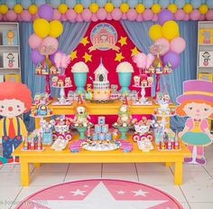 !! Clown Party, Circus Carnival Party, Circus Theme Party, Carnival Birthday Parties, Carnival Themes, Circus Birthday, Birthday Party Themes, Circus Decorations, Birthday Decorations