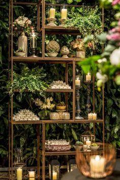 Garden wedding food desserts ideas for 2019 Chic Wedding, Rustic Wedding, Dream Wedding, Wedding Band, Flower Shop Decor, Party Deco, Wedding Decorations, Table Decorations, Decor Wedding