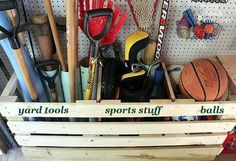 12 Clever Garage Storage Ideas from Highly organized People Hometalk Highlights's discussion on Hometalk. 12 Clever Garage Storage Ideas From Highly Organized People - No, your garage does not HAVE to look like that. Organisation Hacks, Shed Organization, Organizing Ideas, Organizing Clutter, Garage Shed, Diy Garage, Garage Workshop, Garage Tools, Tool Storage