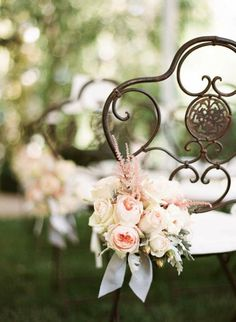Wedding Aisle style - Romantic and Chic Garden flowers