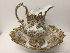 Oggettistica d`epoca - Porcellane e ceramiche Antica brocca e catino Vecchia Parigi - Antica brocca con bacile francese metà 800 Immagine n°1