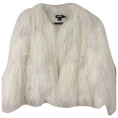Pre-owned Faux fur jacket ($295) ❤ liked on Polyvore featuring outerwear, jackets, white, dkny, white faux fur jacket, white jacket, faux fur jacket and dkny jackets