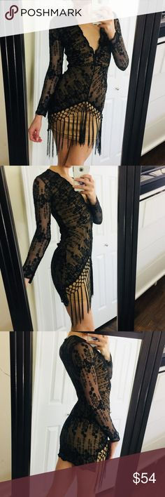 """NEW Black Lace Nude Fringe Great Gatsby Dress Brand new with Tags! Labeled as a size 8 but fits more like a 2-4.   Measurements:   Bust - 30"""" Waist - 25"""" Length - 33"""" from top of shoulder to bottom hem Arm length - 20"""" from armpit Nasty Gal Dresses Mini"""