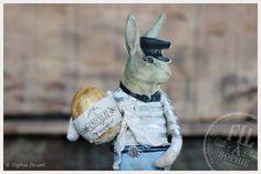 Nostalgische Wattefigur Osterhase von FilASophie mit Osterei Chocolat im französischen Brocante Stil Antique inspired spun cotton easter bunny ornament french brocante inspired cotton batting home decor rabbit with vintage scraps