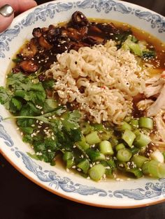 Snabblagad & galet god Ramen – About Healthy Meals Veggie Recipes, Asian Recipes, Beef Recipes, Vegetarian Recipes, Healthy Recipes, Helathy Food, Food Journal, Pasta, Food For Thought