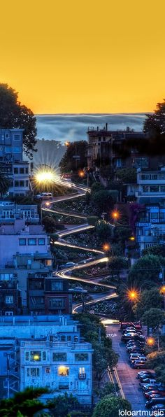 The famous Lombard Street, San Francisco. For reference, listen to Bill Cosby's 'San Francisco' bit. Lombard Street, Places To Travel, Places To See, Time Travel, Places Around The World, Around The Worlds, Beautiful World, Beautiful Places, Beautiful Flowers