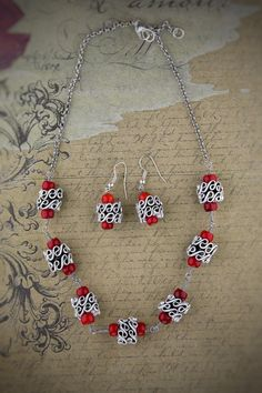 Handmade Set: Necklace Earrings hand made by greenjewelryart