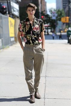 It feels like Grease Lightning at #NYFW #MBFW #SS15 where this fashionisto is decked out in full on #50s #streetstyle
