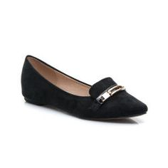 Suede ballerina into NOSE, comfortable, decorated with gold plate Women suede ballerina. Shoe shape to the tip. High footer famously strengthens the foot in the shoe. Entry of genuine leather. Perfect for day wear. Material: eco suede http://cosmopolitus.com.pl/product-eng-42149-Suede-ballerina-into-NOSE-comfortable-decorated-with-gold-plate.html #Ballerina #shoes #fashionable #womens #classic #black #color #comfortable