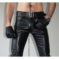 Mens Leather Pants, Black Leather Gloves, Men's Leather, Handsome Men Quotes, Leather Fashion, Mens Fashion, Leder Outfits, Mens Gloves, Black Men
