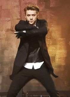 oh yeaaaa ~ exo sehun working dat dance moves