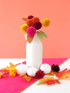 Modern fall decor thats easy to make! Crafts For Teens To Make, Easter Crafts For Kids, Diy Interior, Mason Jar Diy, Mason Jar Crafts, Craft Stick Crafts, Diy And Crafts, Craft Ideas, Decor Ideas