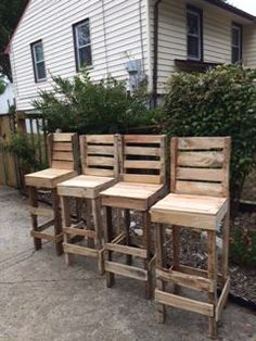 Pallet High Table Stools