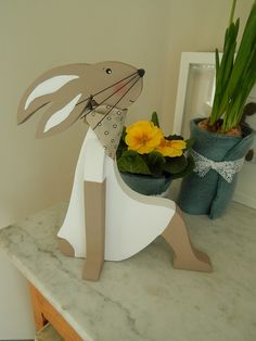 1 million+ Stunning Free Images to Use Anywhere Diy Gifts In A Jar, Jar Gifts, Happy Easter, Easter Bunny, Free To Use Images, Diy Ostern, Country Paintings, Wood Creations, Wooden Crafts