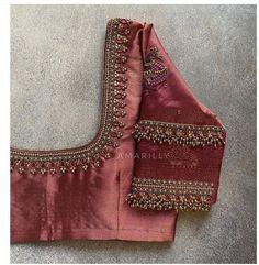 Blouse Designs High Neck, Cutwork Blouse Designs, Simple Blouse Designs, Stylish Blouse Design, Kerala Saree Blouse Designs, Mirror Work Blouse Design, Maggam Work Designs, Designer Blouse Patterns, Bridal
