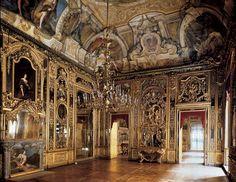 Palazzo Carignano, Torino, Italy - Baroque architect Guarino Guarini 1679  #Baroque #Interiors
