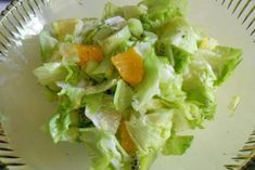 Eisbergsalat mit Früchten - Rezept