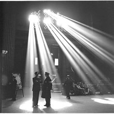 *Chicago, Illinois. In the waiting room of the Union Station    1943 Jan.