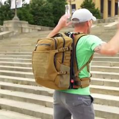 Floating Backpack to Reduce Stress - crazy_inventions Gadgets And Gizmos, Technology Gadgets, Tech Gadgets, Life Hacks Diy, Useful Life Hacks, Cool Inventions, Cool Tech, Survival Skills, Survival Life