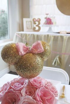 ideas para fiestas minnie mouse dorado y rosa