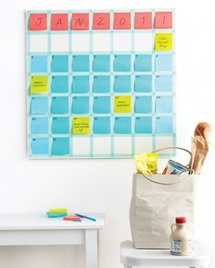 Post-It Note Calendar Make a monthly calendar that's as changeable as your schedule. Instead of crossing out plans as dates shift, just move the notes and stack them up on busy days. Organisation Hacks, School Organization, Bathroom Organization, Organizing Tips, Calendar Organization, Bathroom Ideas, Diy Calendario, Martha Stewart Home, Make School