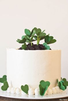 Shamrock Cake Tutorial by Miso Bakes  |  TheCakeBlog.com  ♣  Repinned by Annie @ www.perfectpostage.com