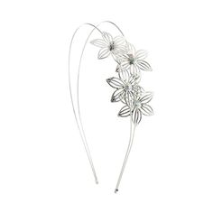 Shop Claire's for the latest trends in jewelry & accessories for girls, teens, & tweens. Find must-have hair accessories, stylish beauty products & more. Girls Accessories, Jewelry Accessories, Hair Jewelry, Fashion Jewelry, Bad Hair Day, Great Hair, Claire, Hair Beauty, Aurora Borealis