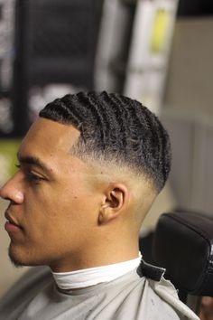 36 Amazing Haircut Ideas for Black Men mens style – Best Haircut İdeas Waves Hairstyle Men, Waves Haircut, Low Fade Haircut, Mens Summer Hairstyles, Summer Haircuts, Black Men Hairstyles, Wave Hairstyles, Black Boys Haircuts, Cool Haircuts