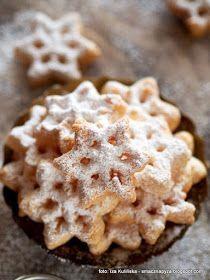 rozetki-blyskawiczne-ciasteczka-smazone Rosette Cookies, Poppy Seed Cookies, Polish Recipes, Something Sweet, Sweet Recipes, Food To Make, Sweet Tooth, Nutella, Food And Drink