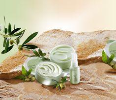 Femeile adora ingrijirea naturala cu gama Planet Spa cu ulei de masline