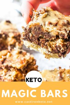 Keto Magic Bars - these low-carb cookie bars are totally delicious and easy to make! This is one healthy(ish) dessert you won't want to miss! These Keto Magic Bars really live up to their name and no.it's not an illusion. Vegan Keto, Paleo, Low Carb Deserts, Low Carb Sweets, Low Carb Dessert Easy, Sugar Free Sweets, Low Carb Keto, Low Carb Recipes, Diet Recipes