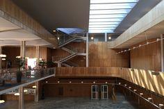 Rådhuset (court house) in Gothenburg, Sweden by Gunnar Asplund, : architecture Community Space, Modern Architecture, Gothenburg Sweden, Stairs, Interior, House, Asplund, Modernism, Home Decor