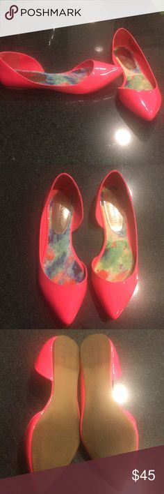Hot pink Madden Girl flats Worn once, hot pink flats.  Size 8.5. Madden Girl Shoes Flats & Loafers