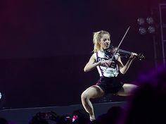 "Violin (@stirlingite.violindsey) på Instagram: ""Dance! ❤️ . . . . . . . . . . . . . . . . . . . . . . z .#데일리 #전주 #힐링 #소통 #맛스타그램 #일상 #셀피 #맞팔 #휴가…"""