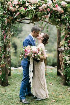A Mountain Wedding in North Carolina Full of Homespun Details