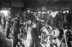 assembly of the motorcycle M-72 during the war